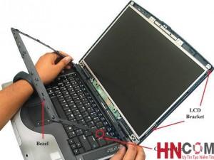 thay-man-hinh-laptop2