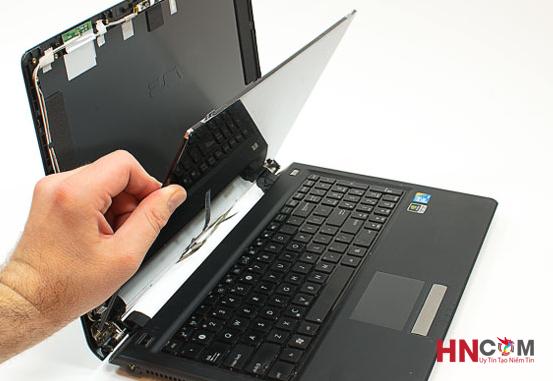 thay-man-hinh-laptop-asus-chinh-hang-tai-ha-noi