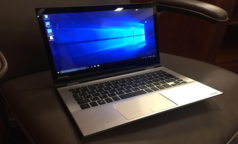 laptop-toshiba-bi-man-hinh-xanh